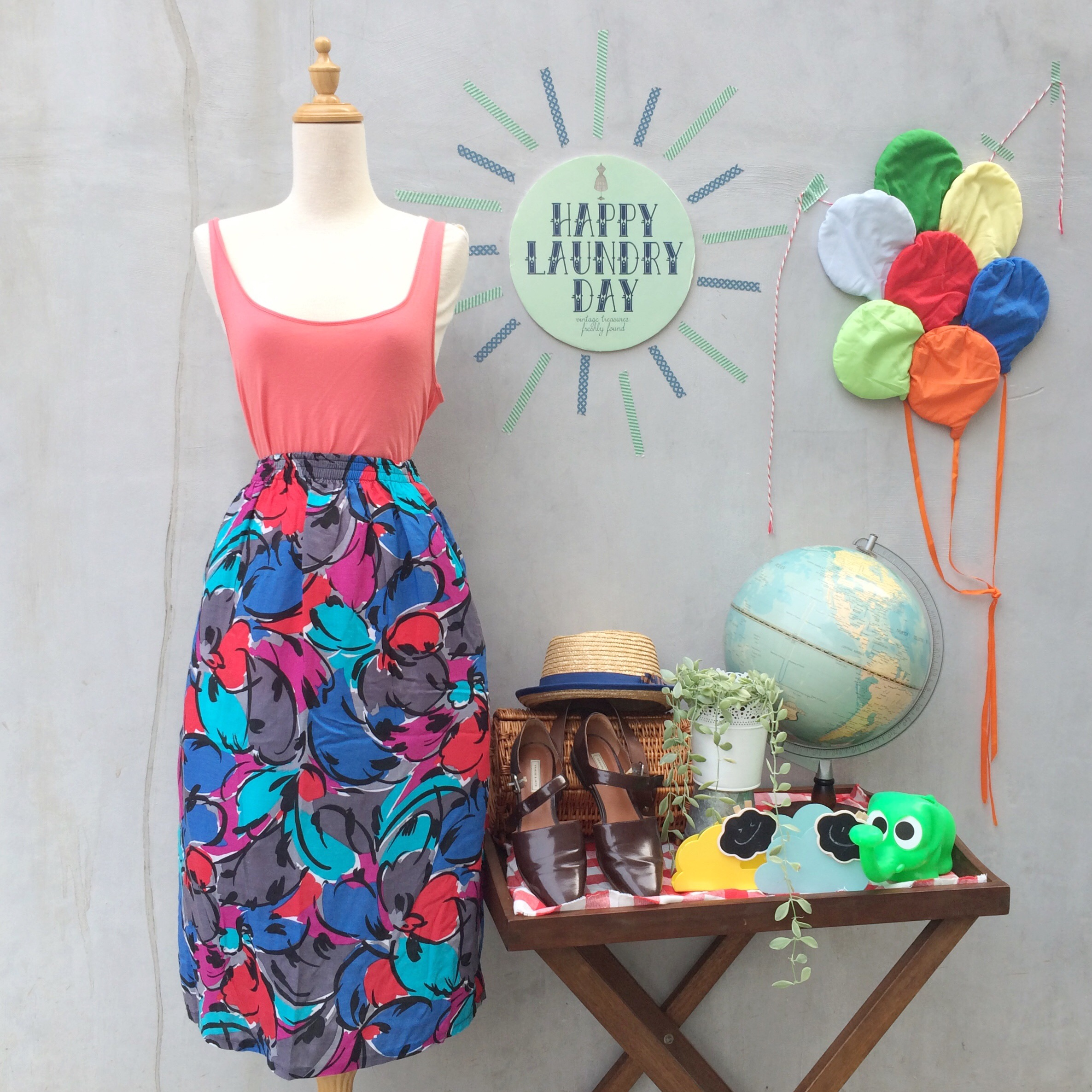 9d02e8c61 Peaches and Dreams | Vintage 1980s multicolored Geometric abstract pop art  floral Midi skirt with POCKETS!